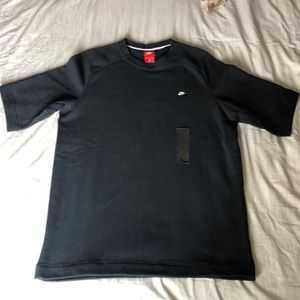 NWT Nike sweatshirt - sz L